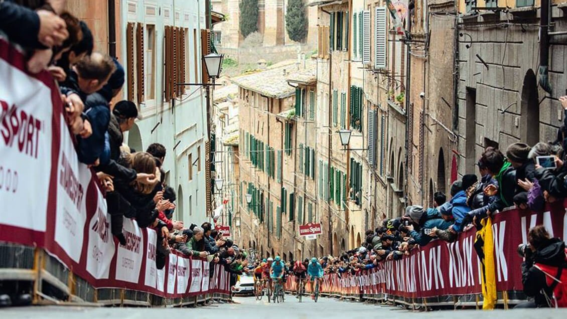 International Cycling: Strade Bianche <span class=