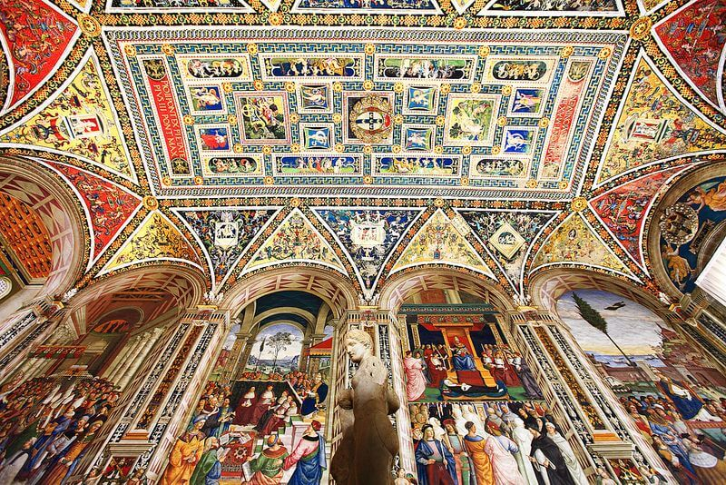 art and culture, Piccolomini library frescoes
