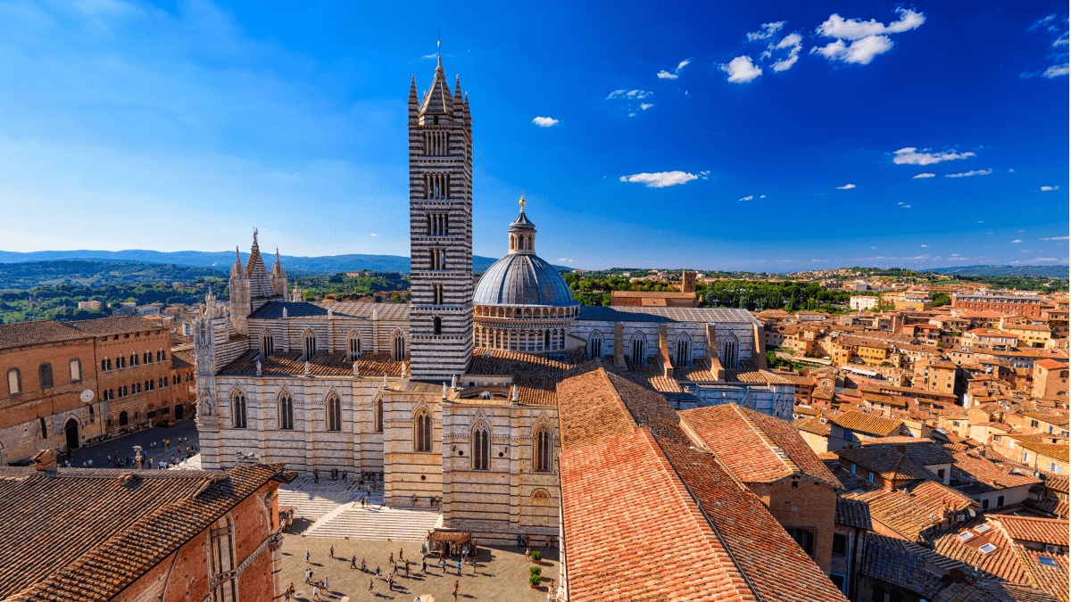 Travelling to Siena- Learning Italy